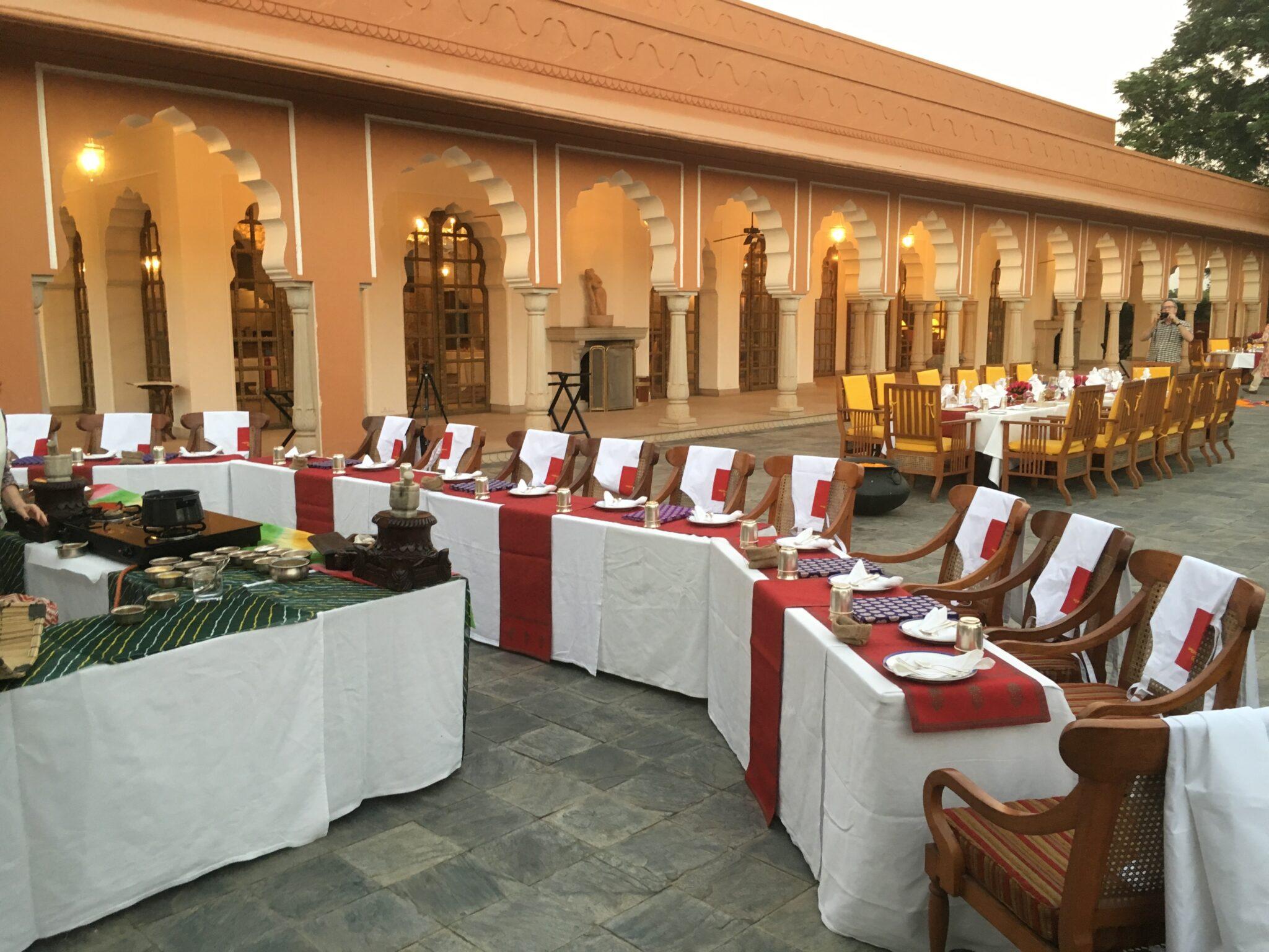 Pilar Latorre World Cuisine. Viaje a la India 2017: Clase de cocina en el Hotel Oberoi Rajvillas con el Chef Varun