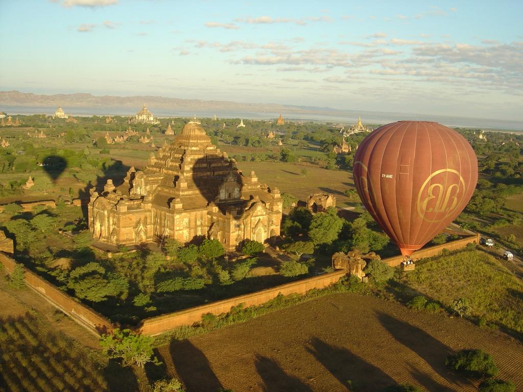 Pilar Latorre - World Cuisine - Viaje a Myanmar 2018. Viaje en globo en Bagan